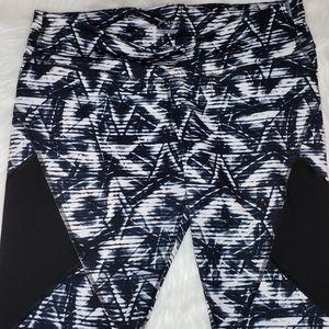Old Navy Pants - 🛒 Old Navy Workout Yoga Leggings XL Mesh Panel